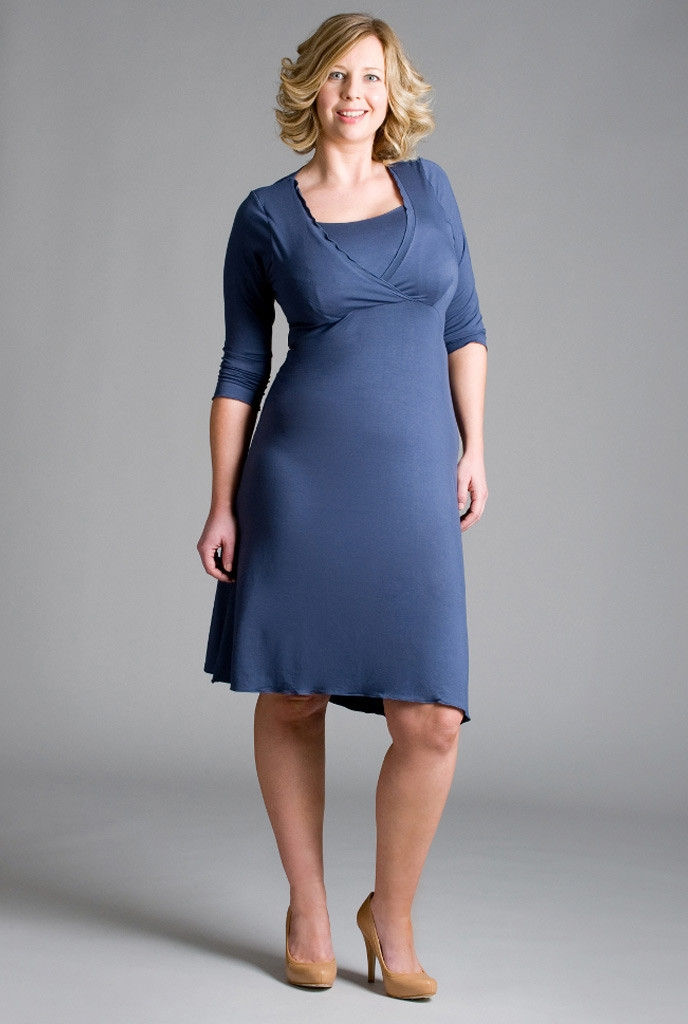 Chic_Nursing_Dress_Navy_1024x1024